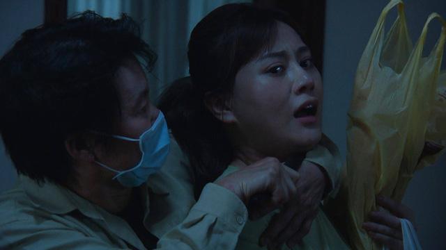 Hương vị tình thân phần 2 - Tập 21: Ông Khang tuyên bố ly hôn, bà Xuân ngỡ ngàng - Ảnh 1.