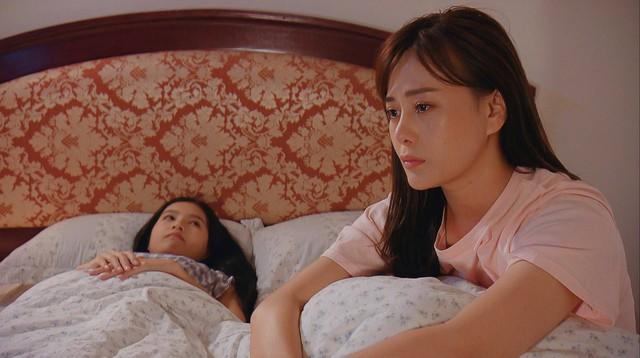 Hương vị tình thân phần 2 - Tập 22: Bà Dần bị tai biến, ông Khang giục Nam - Long cưới chạy - Ảnh 14.