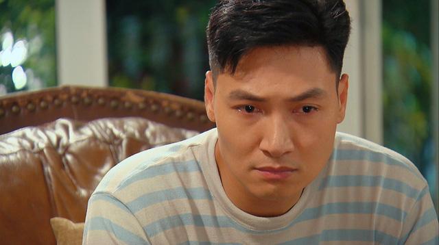 Hương vị tình thân phần 2 - Tập 22: Bà Dần bị tai biến, ông Khang giục Nam - Long cưới chạy - Ảnh 9.