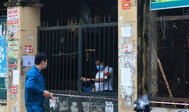 Hà Nội: Quận Thanh Xuân tạm dừng hoạt động chợ Nhân Chính - Ảnh 2.
