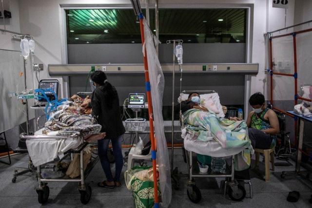 Hơn 216 triệu ca mắc COVID-19 trên toàn cầu, số ca nguy kịch ở Nhật Bản vượt ngưỡng 2.000 - Ảnh 1.
