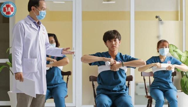 Bài tập thở cho F0 điều trị tại nhà - Ảnh 7.