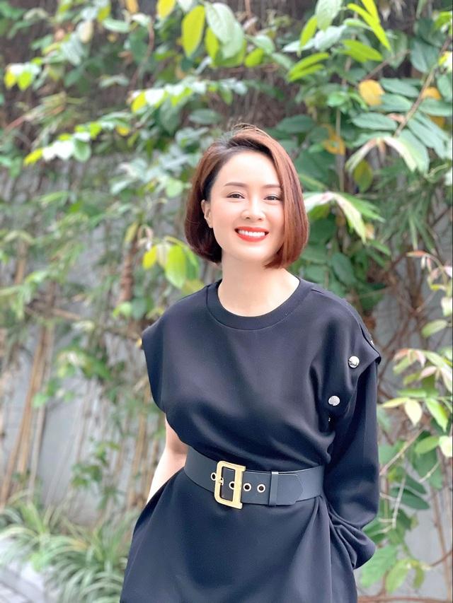 Diễn viên Việt tuần qua: Hồng Diễm đăng ảnh chào tháng 8, Khả Ngân xinh đẹp mừng sinh nhật - Ảnh 1.