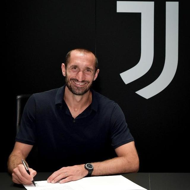 Chiellini ký hợp đồng mới với Juventus - Ảnh 1.