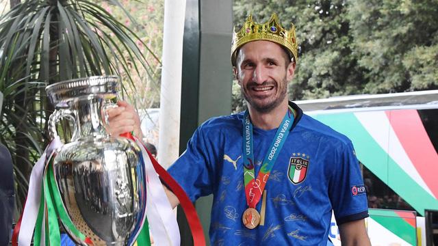 Chiellini ký hợp đồng mới với Juventus - Ảnh 2.