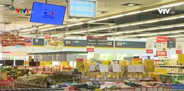 Đảm bảo an toàn phòng dịch ở hệ thống siêu thị tại Hà Nội - Ảnh 1.