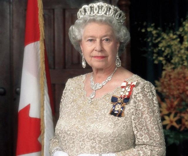 Thực đơn của Hoàng gia Anh được chuẩn bị kỹ lưỡng như thế nào? - ảnh 1