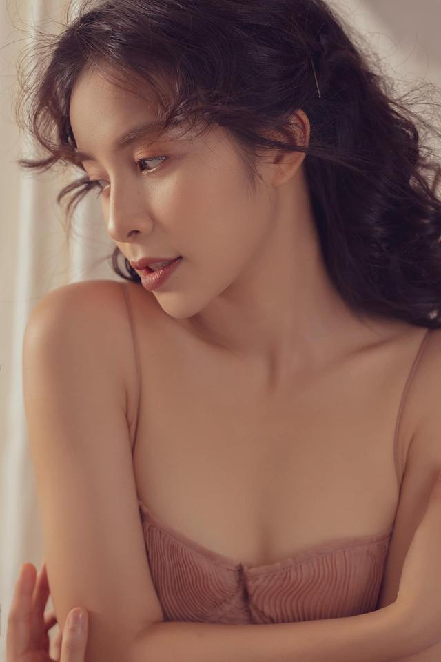 Trần Vân hóa nàng thơ trong bộ ảnh mới - Ảnh 1.