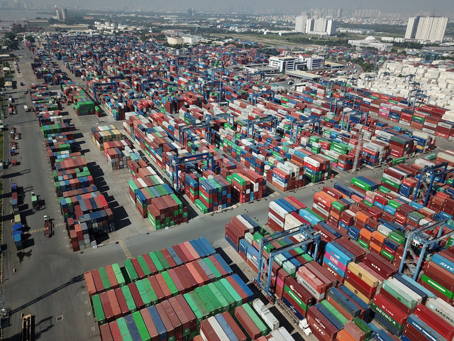 """Ách tắc hàng hóa tại cảng Cát Lái đã """"giảm nhiệt"""" - Ảnh 1."""