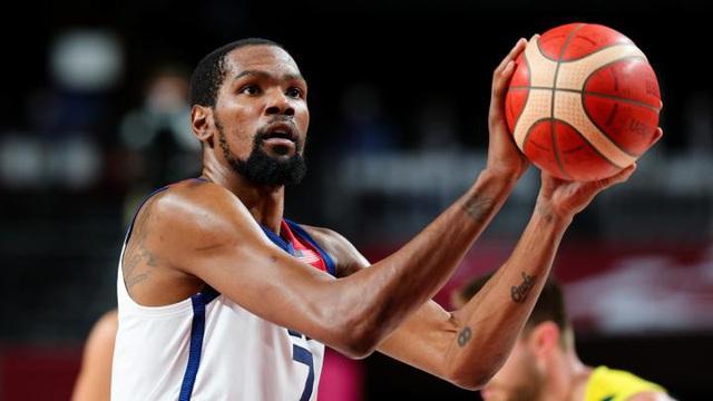 Xác định 2 đội bóng thi đấu chung kết bóng rổ nam Olympic - Ảnh 1.