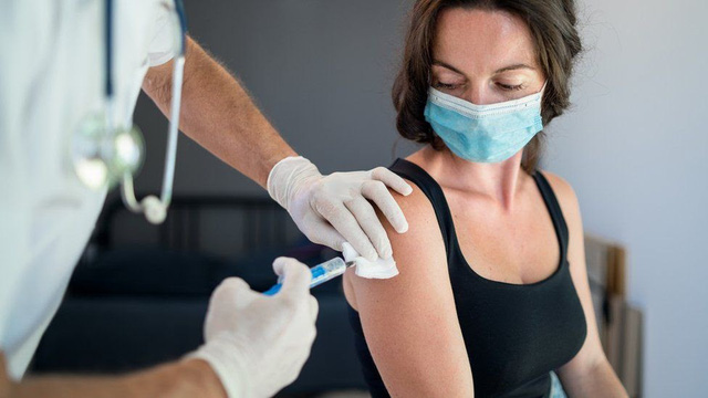 6 quan niệm sai lầm về vaccine COVID-19 - ảnh 1