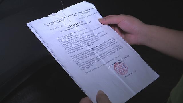 Hà Nội: Phát hiện xe chở khách vượt chốt bằng giấy đi đường khống - ảnh 1