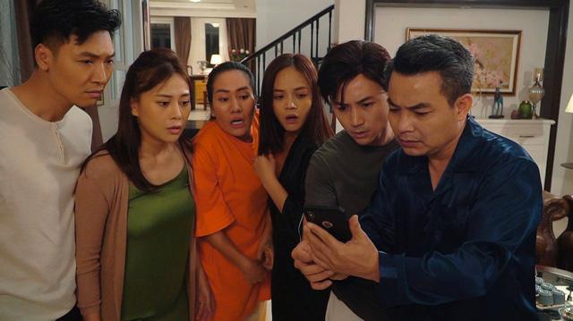 Hương vị tình thân phần 2 - Tập 34: Ông Khang nhận sai khi để vợ cô đơn tìm đến cái chết - Ảnh 1.