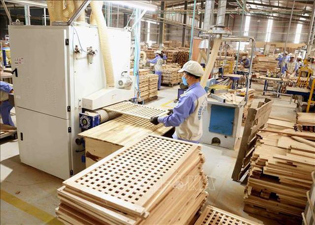 Xuất khẩu gỗ giảm mạnh - ảnh 2