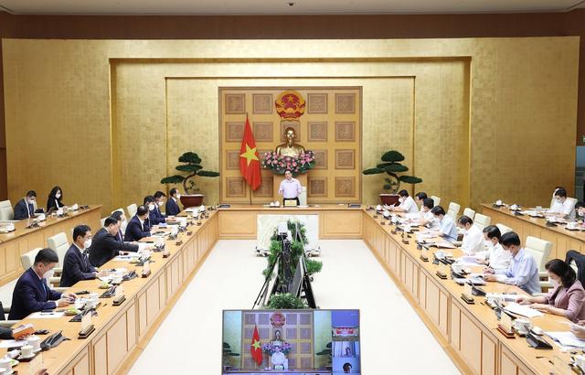 Thủ tướng: Việt Nam luôn đồng hành, hỗ trợ doanh nghiệp vượt qua khó khăn - Ảnh 1.