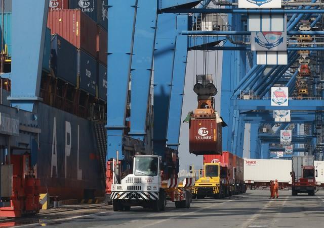 Doanh nghiệp kiên trì khơi thông chuỗi logistics - ảnh 1