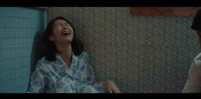 Thời trang đồ ngủ trên phim của Phương Oanh, Hồng Diễm cùng các nữ diễn viên - Ảnh 25.