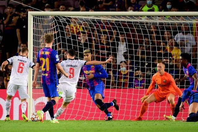 Lewandowski lập cú đúp, Bayern thắng dễ Barca ngay tại Camp Nou - Ảnh 4.