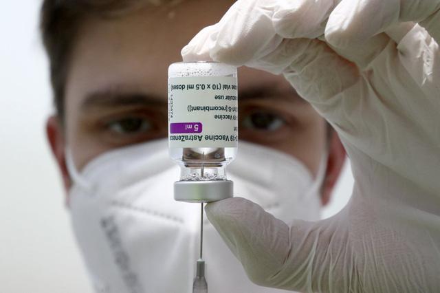 """Kinh tế thế giới có thể """"bốc hơi"""" hơn 2.000 tỷ USD vì phân phối vaccine không đều - ảnh 1"""