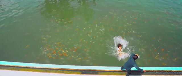 11 tháng 5 ngày - Tập 22: Làm Nhi té xuống hồ cá, Đăng lấy gì chuộc lỗi? - Ảnh 6.