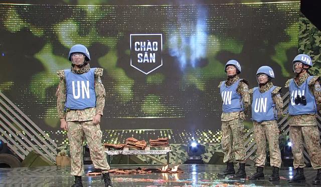 Dàn trai xinh gái đẹp Cục giữ gìn hòa bình Việt Nam tại Chúng tôi chiến sĩ - Ảnh 4.