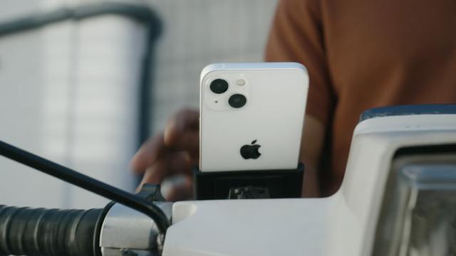 Apple vừa tự vả miệng trong video quảng cáo iPhone 13 - ảnh 1