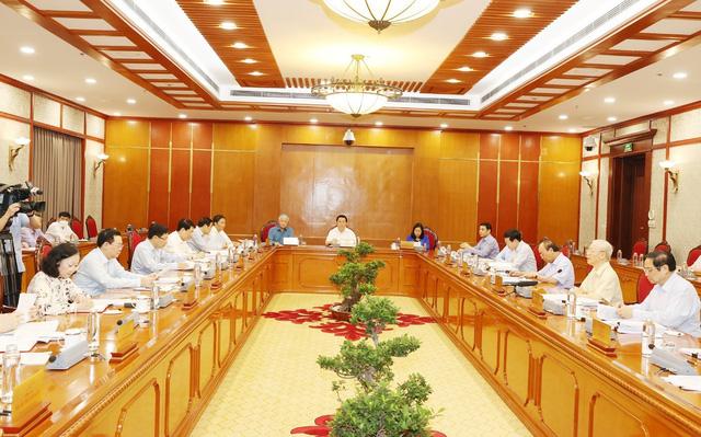 Bộ Chính trị cho ý kiến về tình hình kinh tế - xã hội - Ảnh 1.
