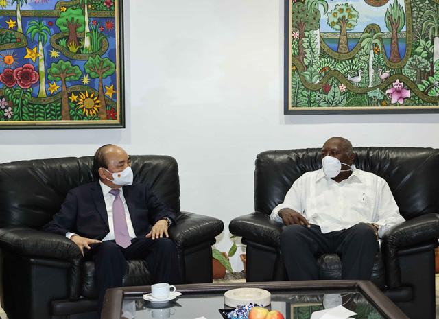 Chủ tịch nước đến La Habana, bắt đầu thăm chính thức Cuba - Ảnh 3.