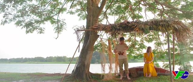 11 tháng 5 ngày - Tập 24: Trú mưa cùng nhau, giây phút lãng mạn của Đăng và Nhi cuối cùng cũng đến - ảnh 1