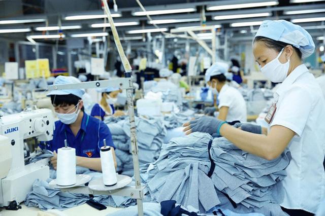 ADB dự báo GDP Việt Nam 2021 tăng trưởng 3,8% - ảnh 1