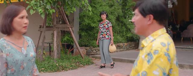 11 tháng 5 ngày - Tập 25: Bà Vân chết lặng bắt gặp ông Tiến bên tình mới - ảnh 2