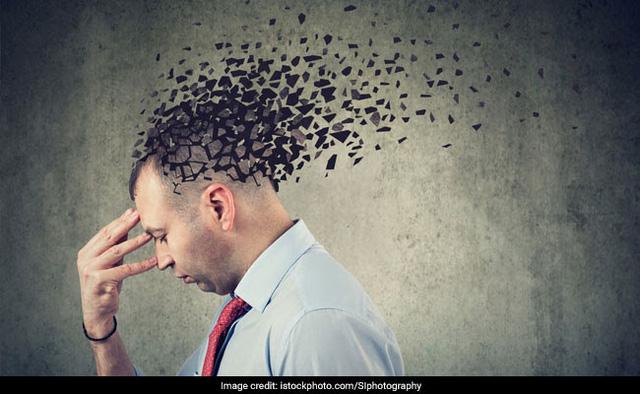 10 dấu hiệu nhận biết sớm bệnh Alzheimer ở tuổi già - ảnh 1