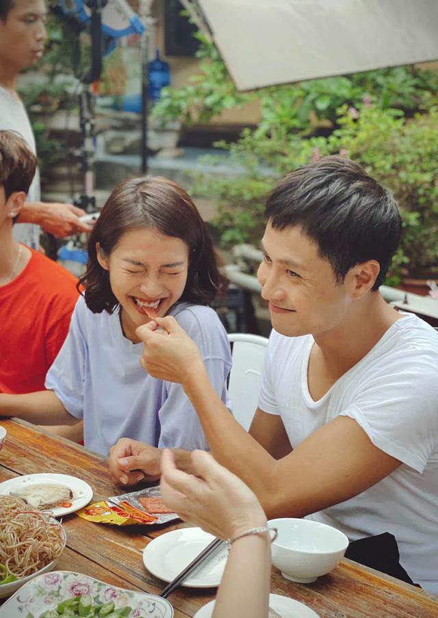 11 tháng 5 ngày: Thanh Sơn - Khả Ngân ngọt ngào từ trên phim đến hậu trường - ảnh 3