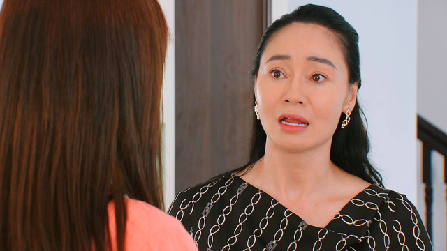 Hương vị tình thân phần 2 - Tập 29: Nam được bố chồng mời về quản lý công ty - Ảnh 12.