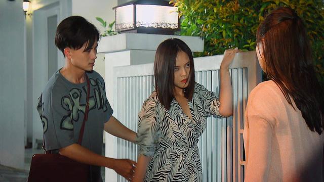 Hương vị tình thân phần 2 - Tập 29: Nam được bố chồng mời về quản lý công ty - Ảnh 19.