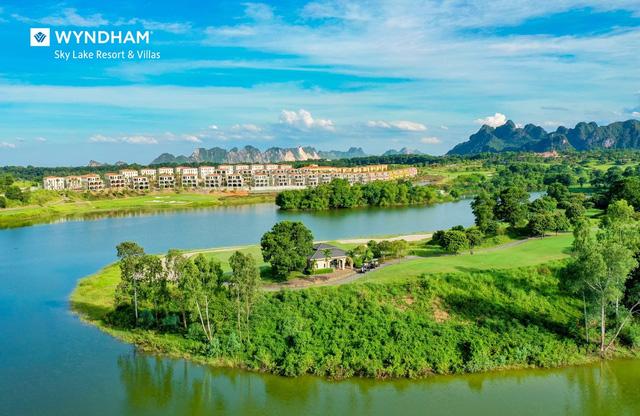 Nơi dịu ngọt thiên nhiên chạm đến tâm hồn: Wyndham Sky Lake Resort & Villas - ảnh 1