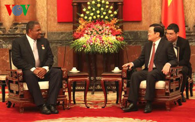 President Truong Tan Sang and President of Cuban People's Supreme Court Ruben Remigio Ferro
