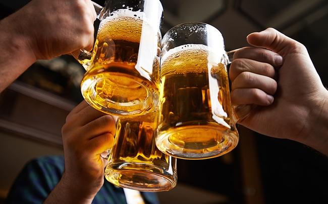 Kết quả hình ảnh cho uống rượu bia