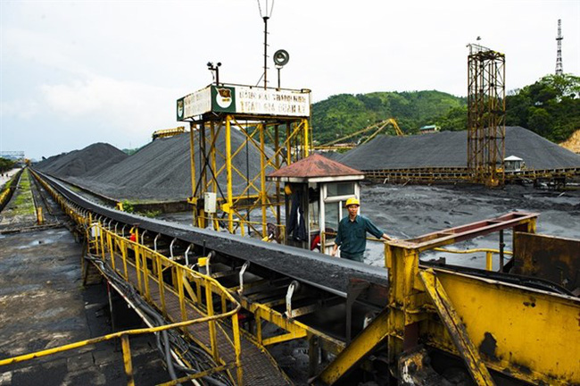 Vinacomin's Cua Ong coal extraction rig in the northern province of Quang Ninh (Photo: VNA)
