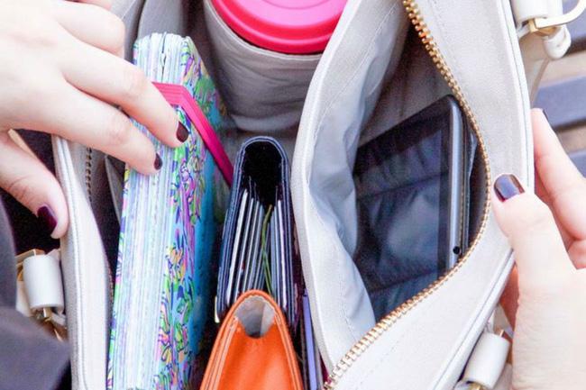 Kết quả hình ảnh cho túi xách đựng ít vật dụng