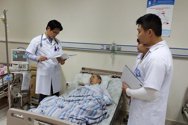 Hà Nội sẽ kiểm tra việc mua sắm trang thiết bị y tế tại các đơn vị - ảnh 1