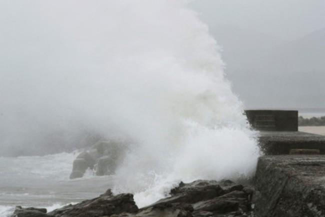 Trung Quốc nâng mức cảnh báo bão Talim lên mức cam - ảnh 2