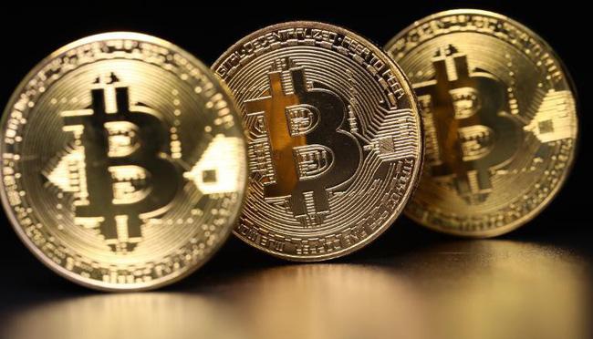 Bitcoin lao dốc mạnh sau khi chạm đỉnh 19.000 USD - ảnh 2