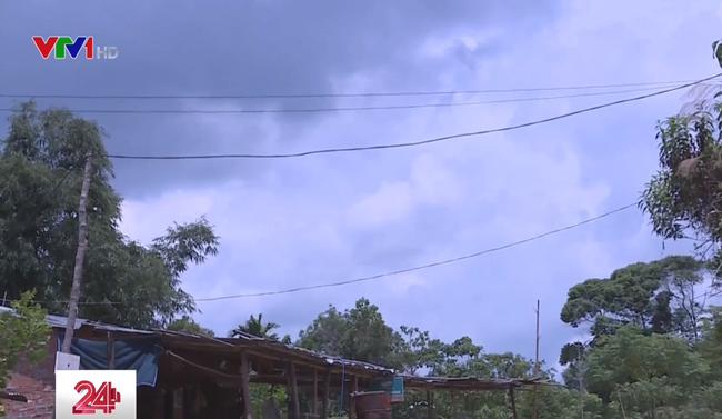 Hơn 160.000 hộ dân vùng núi, nông thôn, hải đảo được cấp điện mới - ảnh 2