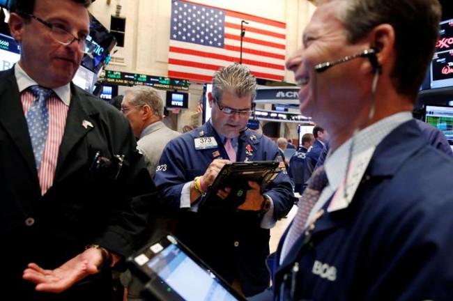 Thị trường chứng khoán Mỹ lập kỷ lục mới sau tuyên bố của Tổng thống Trump - ảnh 1
