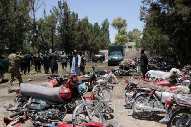 Đánh bom tại miền Nam Afghanistan gây thương vong lớn - ảnh 1
