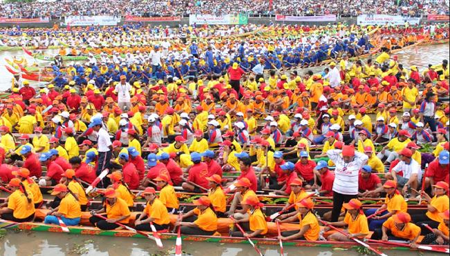 Cân nhắc dừng lễ hội Ok Om Bok - đua ghe ngo tại Sóc Trăng