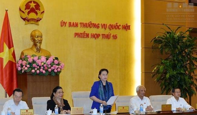 NA Chairwoman Nguyen Thi Kim Ngan addressing the working session