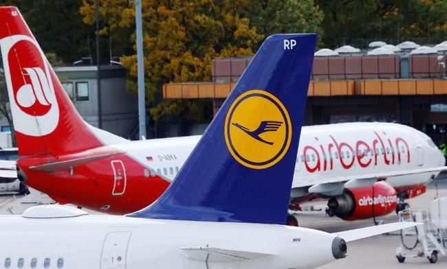 Lufthansa thâu tóm Air Berlin - ảnh 1