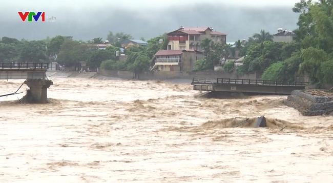 Yêu cầu các địa phương theo dõi chặt tình hình mưa và xả lũ ở các hồ chứa - ảnh 2